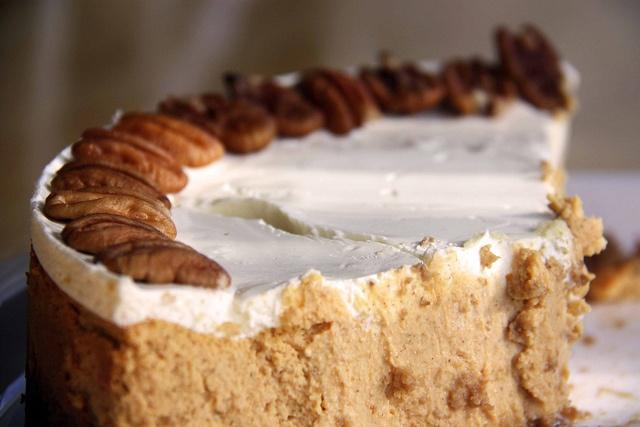 Bourbon pumpkin cheesecake | cheesecakes, tarts & tortes | Pinterest