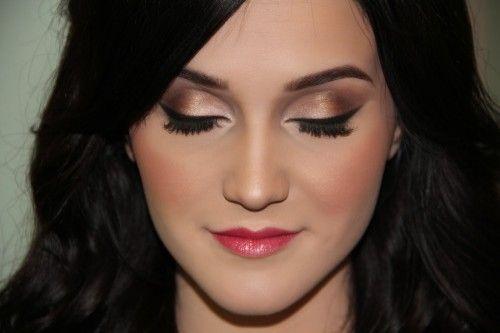 fair skin wedding makeup Effy Stonem Girl Smoke Image ...