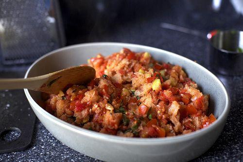 scalloped tomatoes with croutons