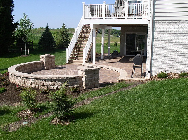 Multilevel patio and sitting wall  Deck ideas  Pinterest
