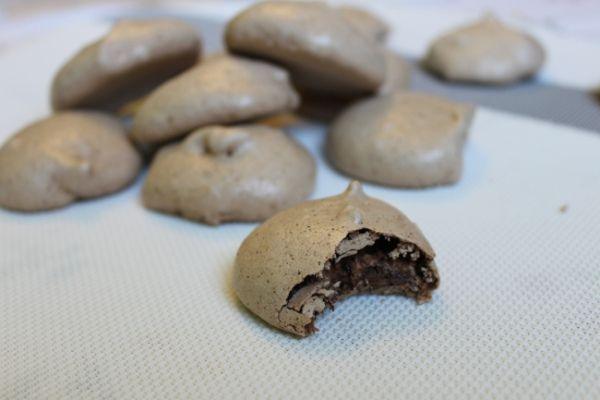 Chocolate Chip Marshmallow Meringues | C - Gluten Free | Pinterest