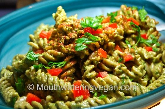 Parsley & Basil Pecan Pesto | must try recipes | Pinterest