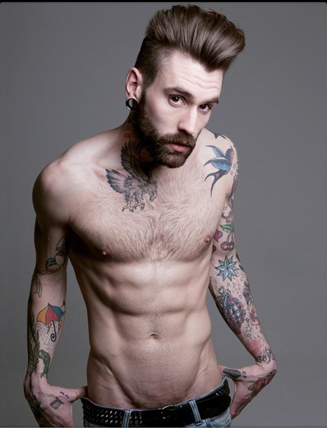 Tattooed bearded man - photo#10