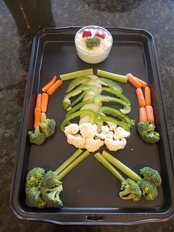 halloween cat veggie tray