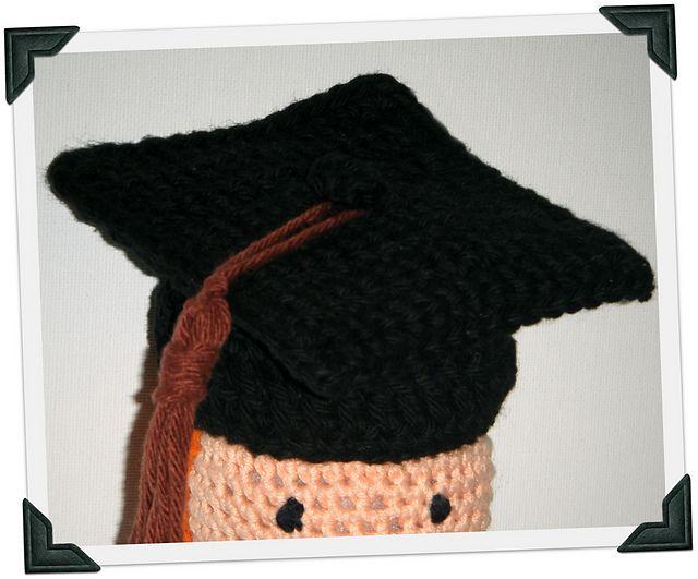 Free pattern! Crocheted Graduation Cap Crochet Pinterest