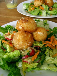 Fried Feta Cheese Balls on Salad. - made some of these that were a lot ...