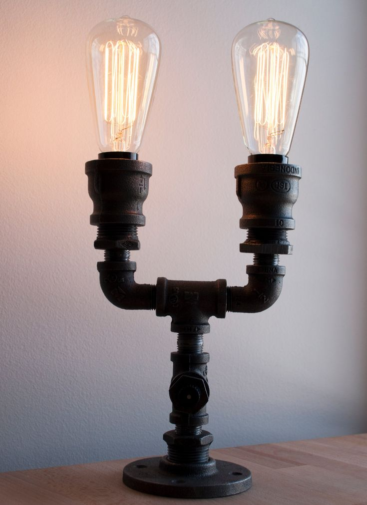 Industrial pipe light fixture with old fashioned edison for Old fashioned lighting fixtures