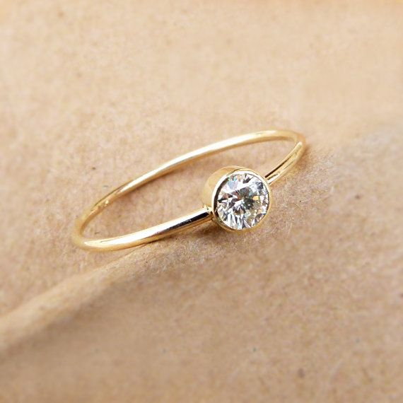 Perfectly adorable!!!! Diamond Engagement Ring  Simple Engagement Ring  18k by artemer, $480.00