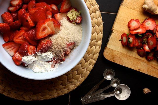 gluten-free strawberry ginger pie! | food | Pinterest