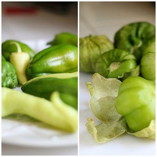 CSA Wednesdays: Sweet Peppers & Tomatillos + Simple Salsa Verde