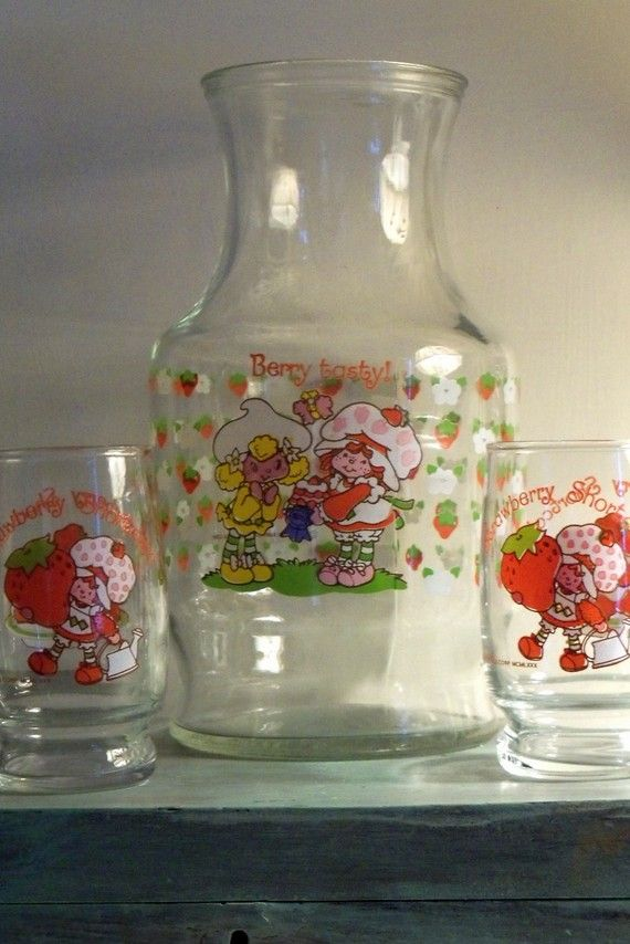 STRAWBERRY SHORTCAKE Vintage Carafe and GlassesVintage Strawberry Shortcake Images