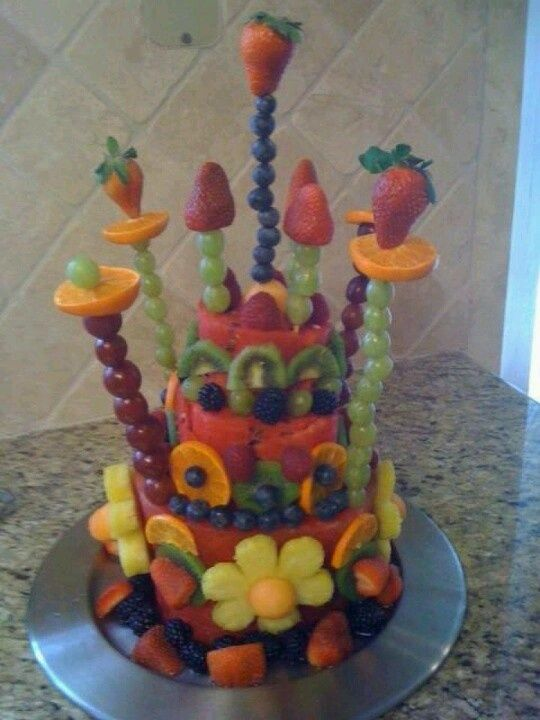 birthday cakes made of fruit