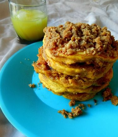 Pumpkin Cinnamon Streusel Pancakes | Food