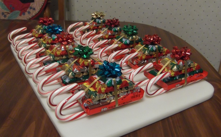 CANDY SLEIGHS ~ You will need: Candy Canes Kit Kat bars Mini Hershey ...