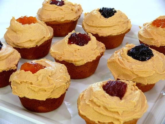 Peanut Butter Cupcakes with Peanut Butter Frosting and Jelly | Noble ...