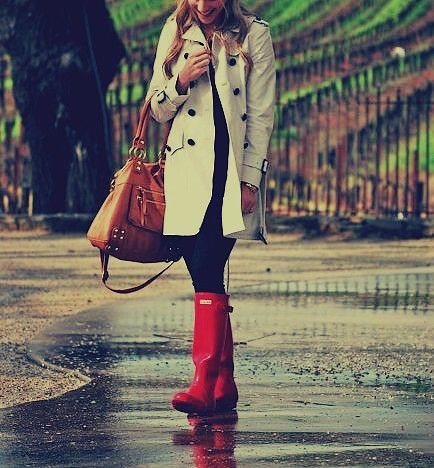 Trench Coat and hunter boots- i Have ALWAYS wanted hunter boots :)