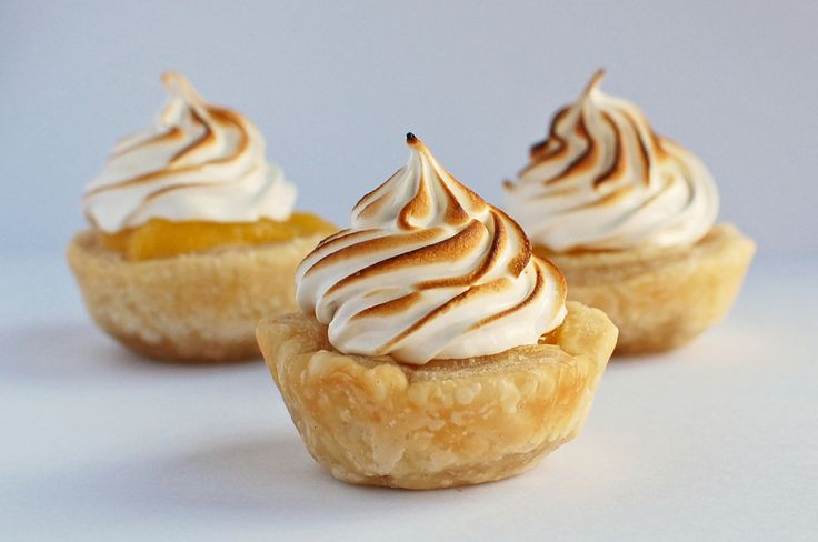 mini lemon meringue pie | Recipes | Pinterest
