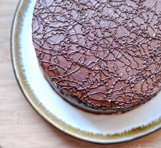 Salted Chocolate Caramel Layer Cake | Yummy Recipes | Pinterest