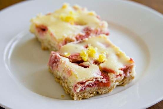 Strawberry-lemon cheesecake squares | Dinners | Pinterest