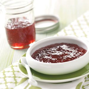 Pomegranate Jelly Recipe -- Spread on New York Style brand Bagel ...