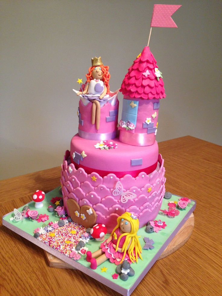 Princess Castle Cake #princess #girly | Gâteau château | Pinterest