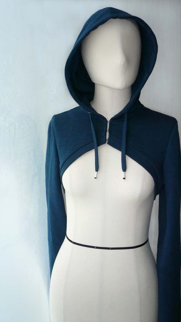 Pattern for bolero hoodie (free!)