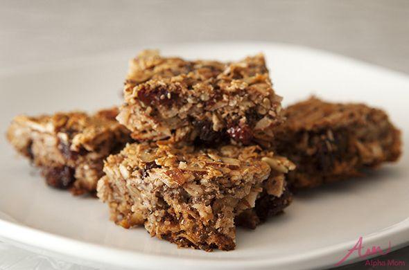 Berries And Cream Oatmeal Bars Recipe