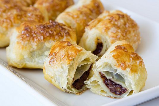 ... dessert hack ever — super fast mini chocolate croissants. Très bon