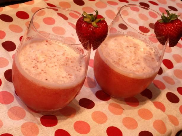 Iced Strawberry Green Tea Recipes — Dishmaps