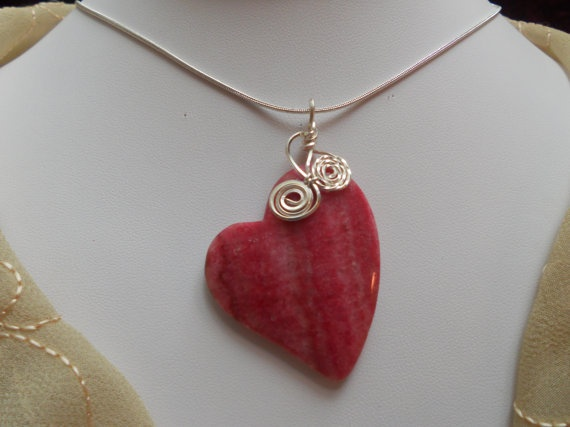 heart jewelry for valentine's day