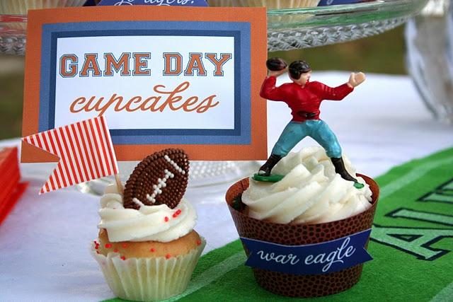 Tailgate birthday cupcakes