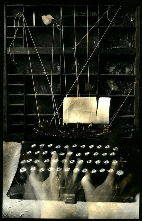 lamelancoly:    Lauren Simonutti- Writer's Block, 2010