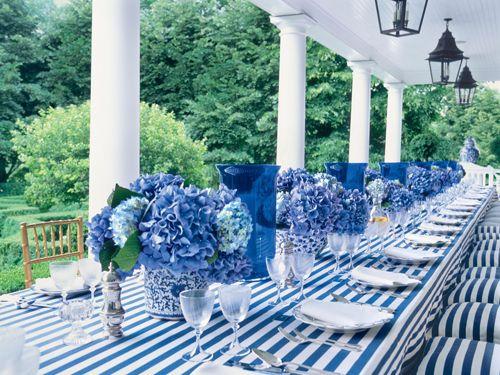 Carolyne Roehm blue and white