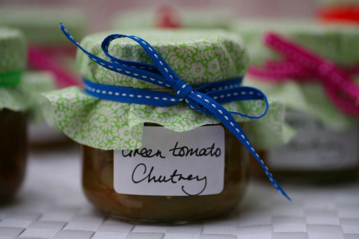 how to make green tomato and chilli chutney