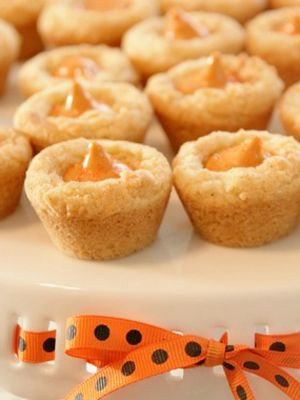 Pumpkin Spice Blossoms Ever make peanut butter blossom cookies ...