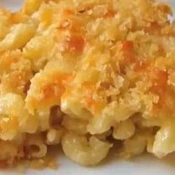 Southern Macaroni and Cheese Pie