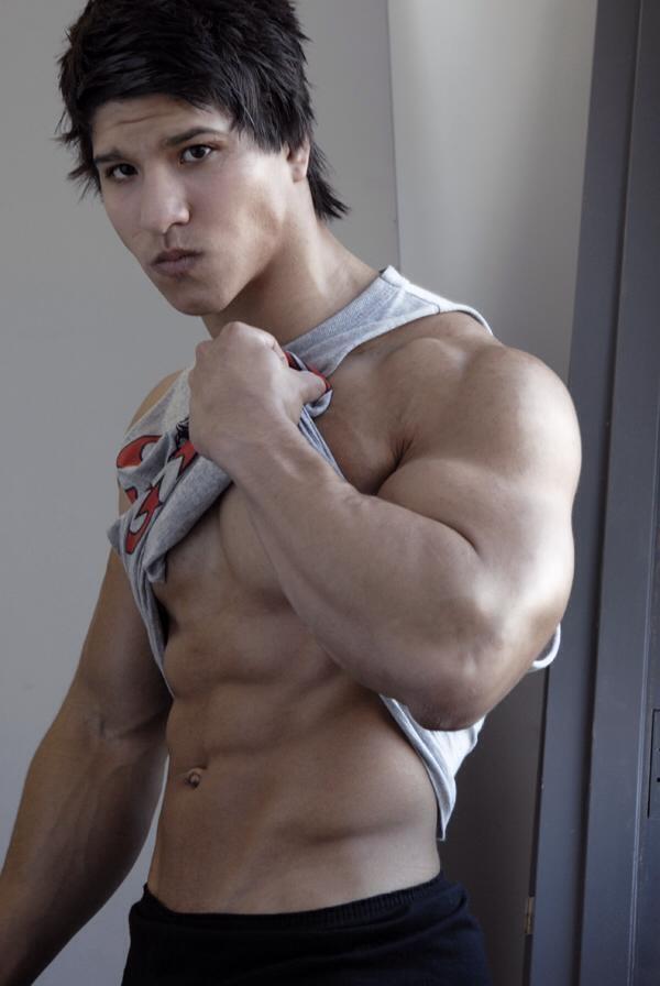 Fitness Models: pinterest.com/pin/422353271274595625