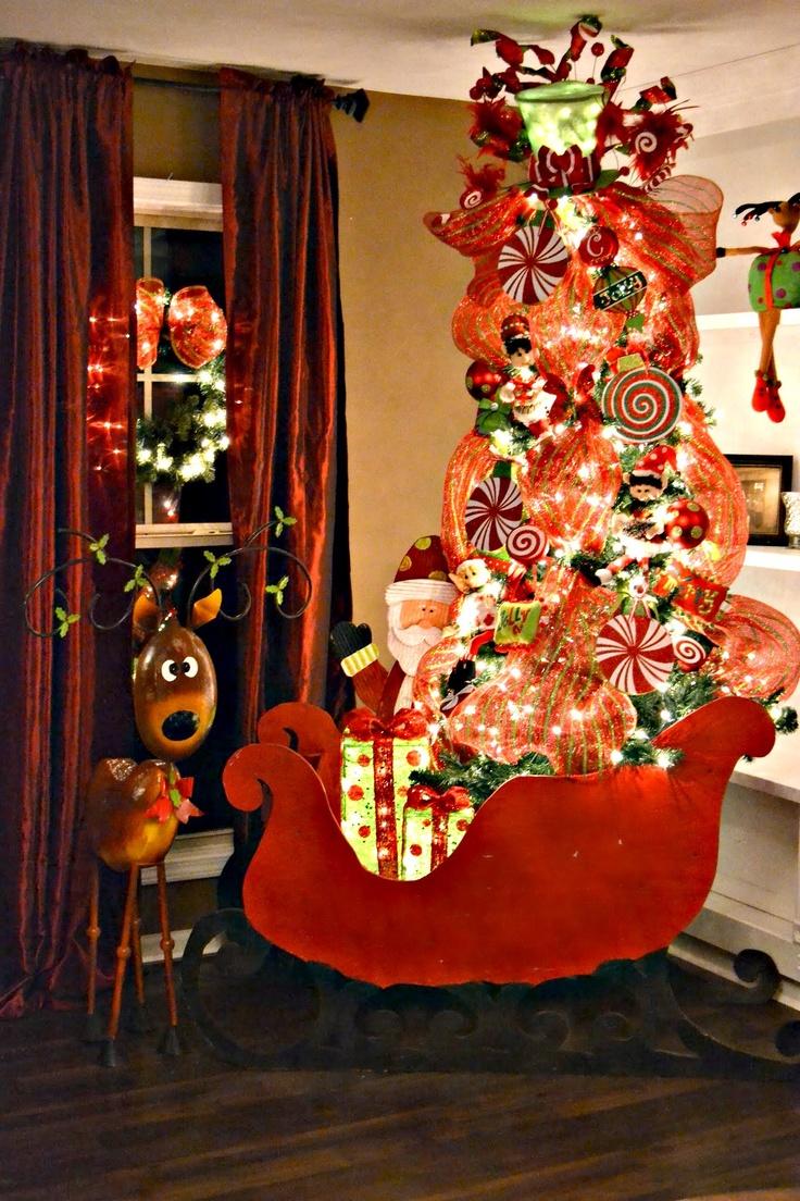Christmas tree deco mesh christmas sleigh christmas for Deco decorations