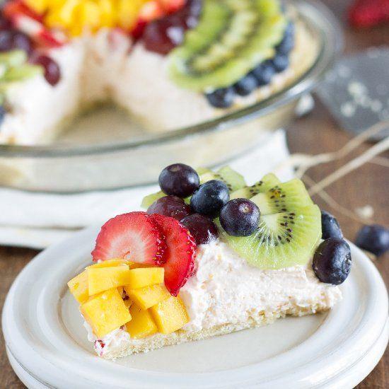 Easter, Easter Ideas, Easter Recipes, Easter Cake, Cake Recipes, Cake with fruit, Fruit Cake