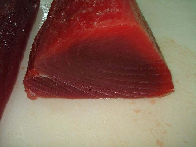 how to cut tuna loin