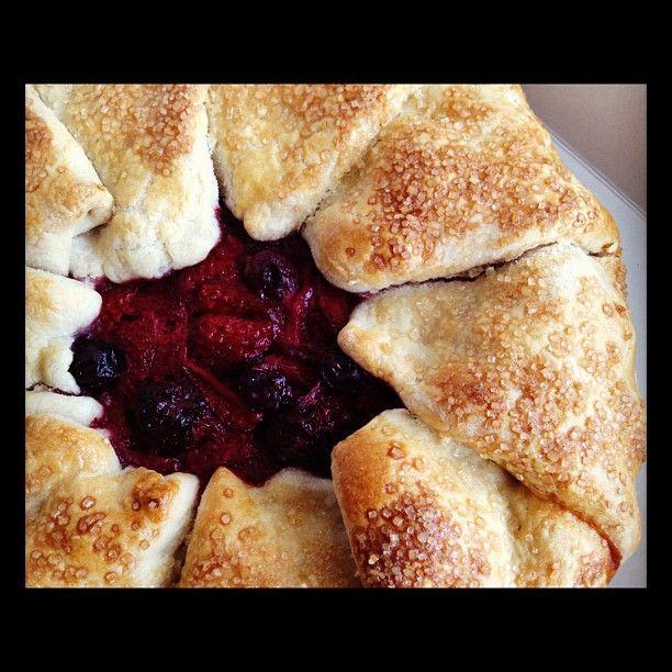 berry galette | eat | Pinterest