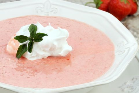Chilled Strawberry Soup! Or...Strawberry Milkshake :D