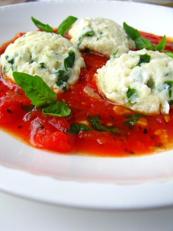 Spinach Crepes With Ricotta, Tomatoes And Basil Recipes — Dishmaps