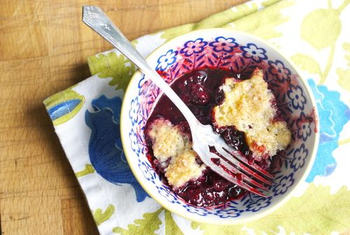 blackberry slump - blackberries baked in a crust with sugary pastry on ...