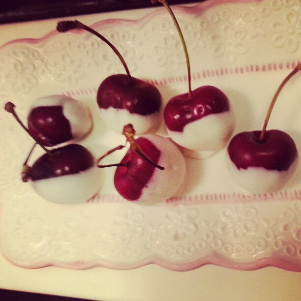 White Chocolate Covered Cherries | Food ideas | Pinterest