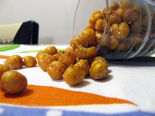 Spicy Oven-Roasted Chickpeas. Yummy! | Healthy Recipes | Pinterest
