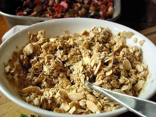 Basic Oat Crumble Topping for Fruit - Crispy Version | Recipe