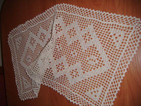 Handmade Crochet : White handmade crochet runner by woolderland on Etsy, ?27.00