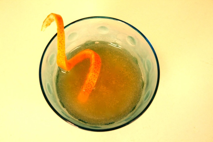 Aplomb. Pear liqueur, red/pink grapefruit juice, Moscato d'Asti.
