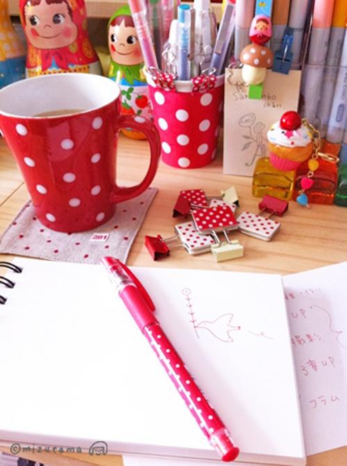 Heart Handmade UK: Mizutamahanco Brightly Coloured Japanese Craft and Work Space